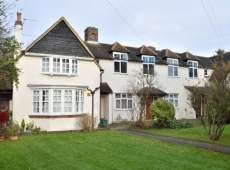 Elegant & spacious, two double bedroom apartment at the converted Merton Park Golf Club House, SM4 – LET AGREED!