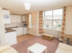 2 double bedroom flat in excellent order in Colliers Wood, SW19 – LET AGREED