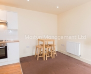 Superb ground floor one bedroom flat in Colliers Wood SW19 – AVAILABLE NOW