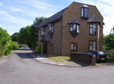 Studio Flat at Chase Court, Bakers End – Let Agreed
