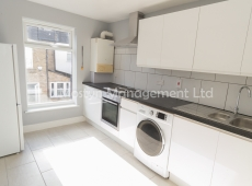 Clean & bright newly refitted first floor one double bedroom flat on Bellew Street – SW17
