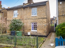 Superb Unfurnished 3-4 bedroom house – Archbishops Place, Brixton, SW2: AVAILABLE NOW